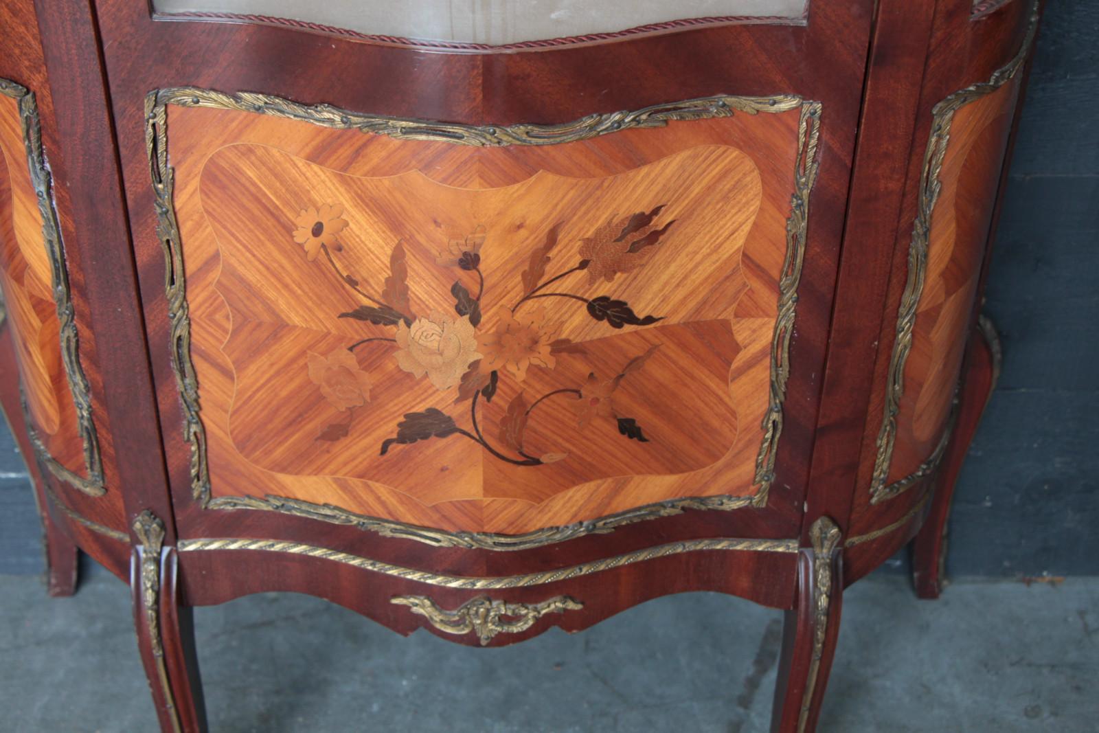 Louis 15 Marquetery U0026 Bronze Display Cabinet   Page Du0027accueil   Diaporama    Antiques U0026 Furniture