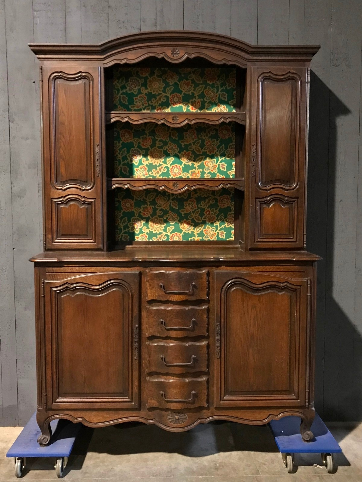 Louis XV Antique cupboard - Louis XV Antique Cupboard - Antiques & Furnitures - Recent Added