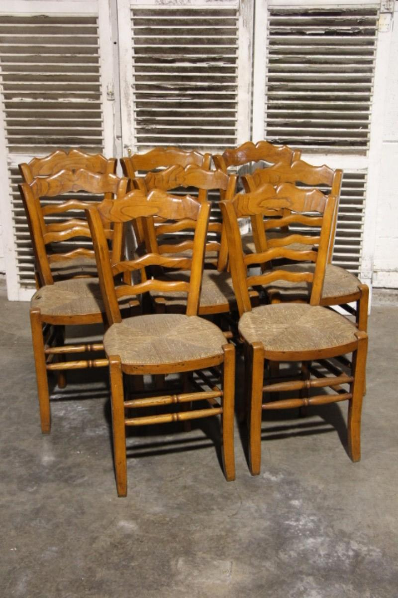 Set of 8 country style dining chairs - Dining room - Items ...